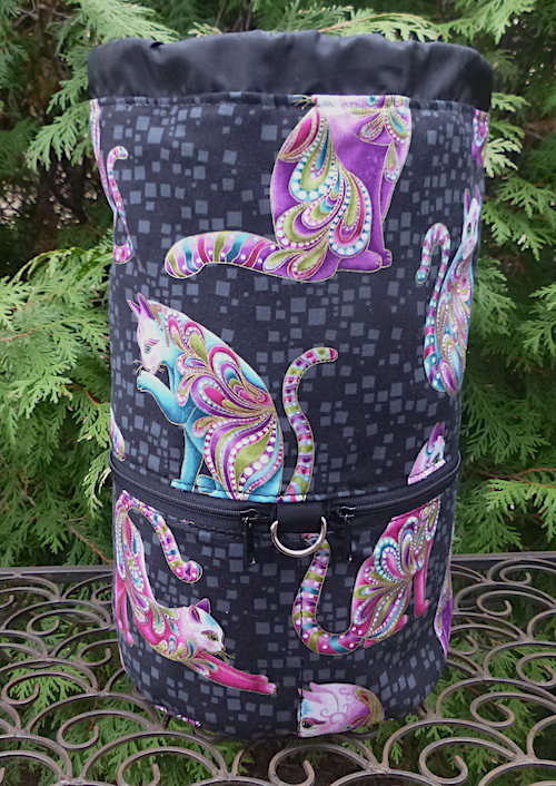 Cats knitting bag for travel or knitting in public