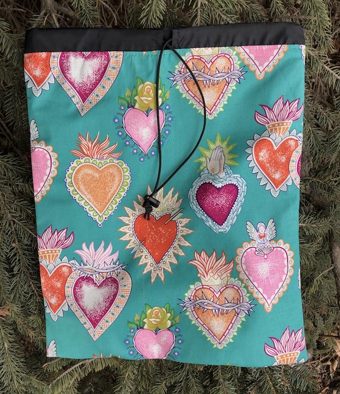 Alexander Henry Corazones flat travel bag for shoes, lingerie or knitting